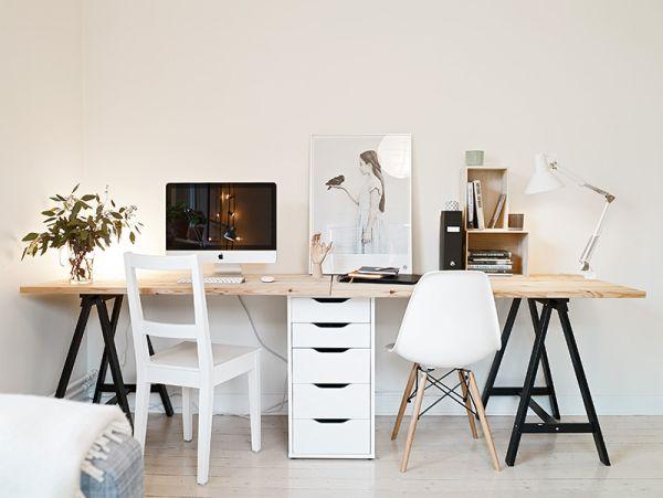 dekorasi meja kerja simple bergaya industrial
