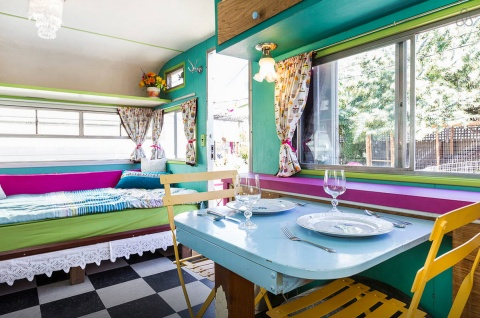 Airbnb-Urban-Glamping-caravan-rental-in-california-3