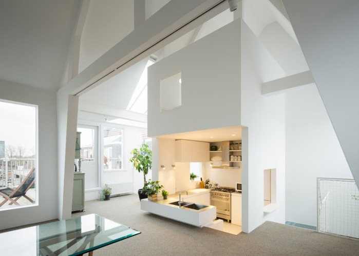 Apartment_in_Amsterdam_by_MAMM_Design_dezeen_784_5